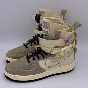 Nike SF Air Force 1 High Muslin Tan